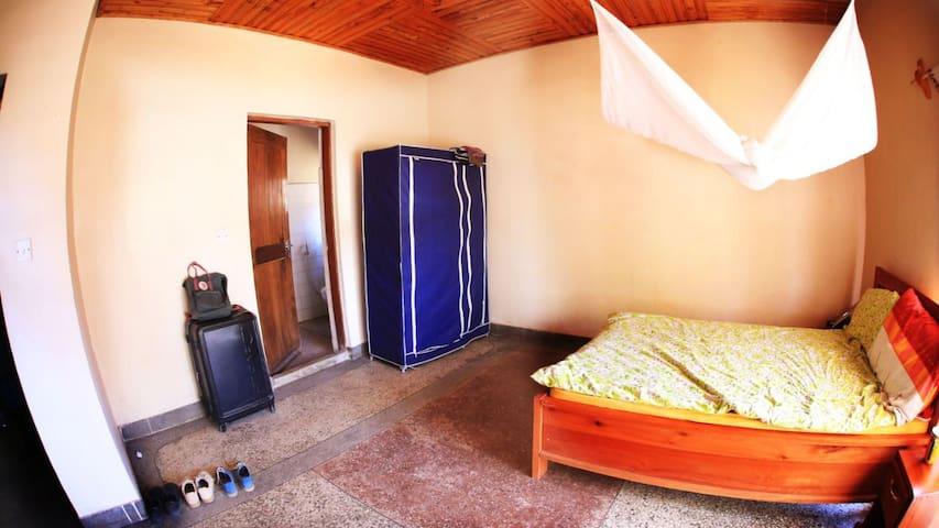 Kilimahewa House, Iringa, TZ - private double-room