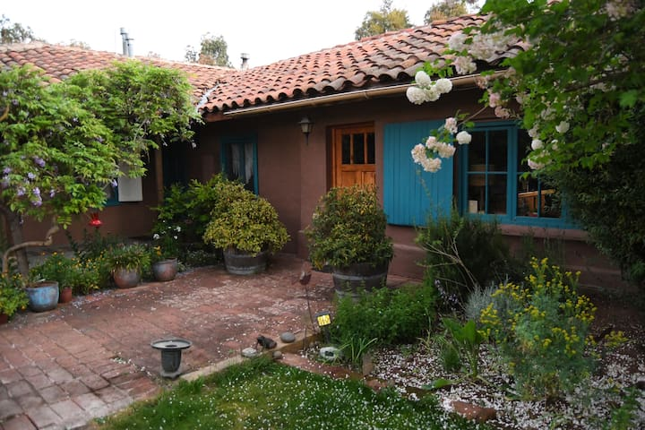 Casa Azul de San Pancho Bed & Breakfast