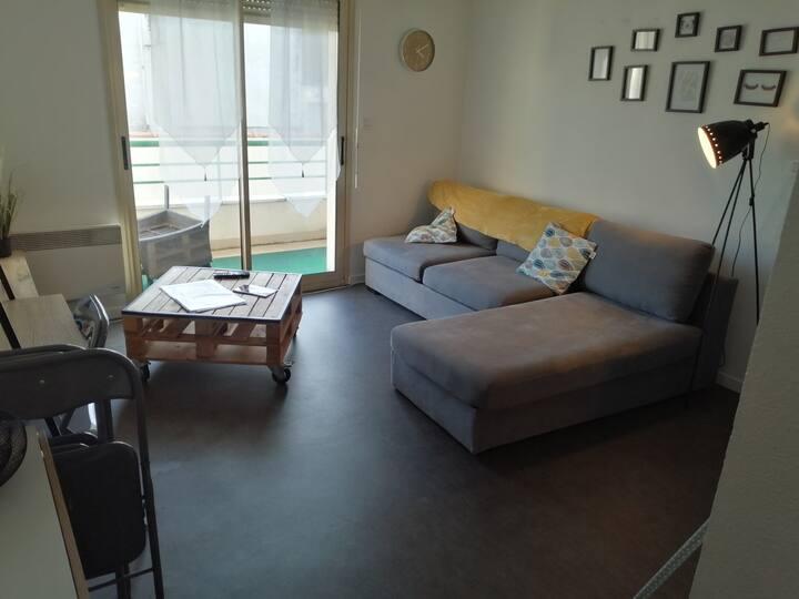 Appartement au calme 5 min à pied du centre ville.
