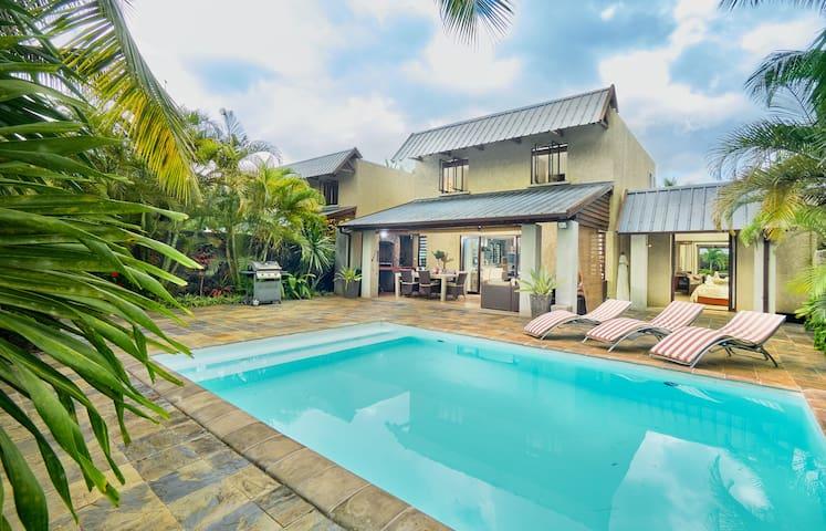 Bel Azur Beach Residence Villa by LOV