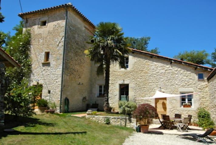 """Chambre d'hôte """" Le Poulailler"""" - Saint-Léonard - Domek gościnny"""