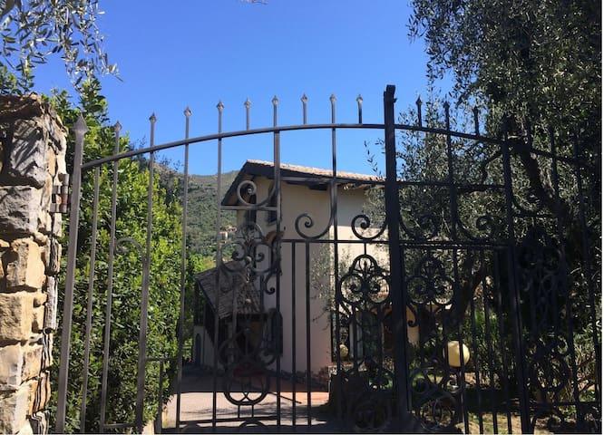 Mansarda in villa - Sanremo - Apartmen