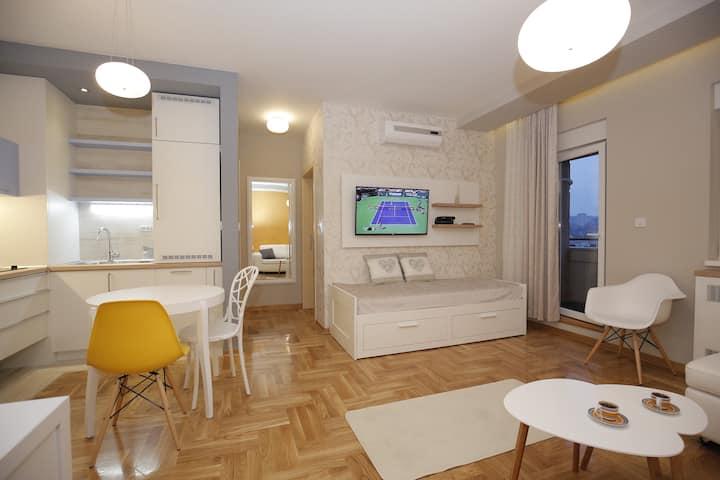 Ruzvelt Park apartment