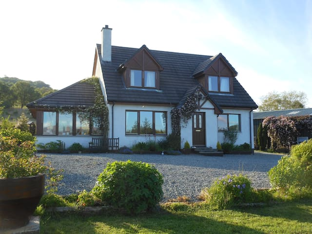 'Abriachan' - Balmacara - Bed & Breakfast