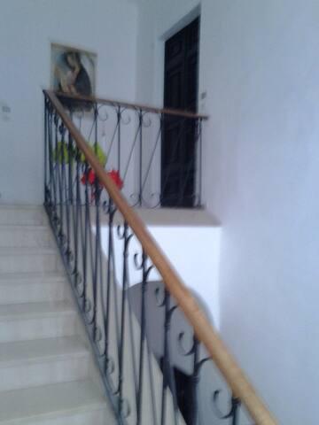 Scale per raggiungere l'appartamento