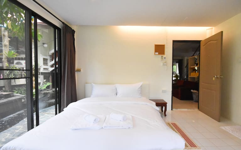 4.0 private ROOM for 2 : VILLA PANALAI