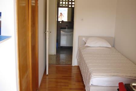 BOR - Dubrovnik - Bed & Breakfast
