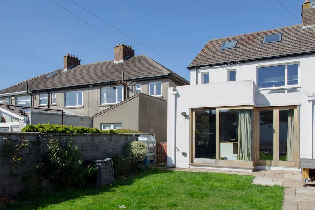 clontarf big and beautiful singles A big room in a cosy  bedrooms letting from june 1 to august 1 large double room and large single room on very quiet and mature street in beautiful home to.