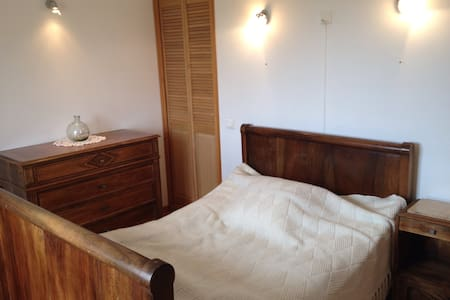 ✨l'Isle-sur-la-Sorgue✨  Single Room