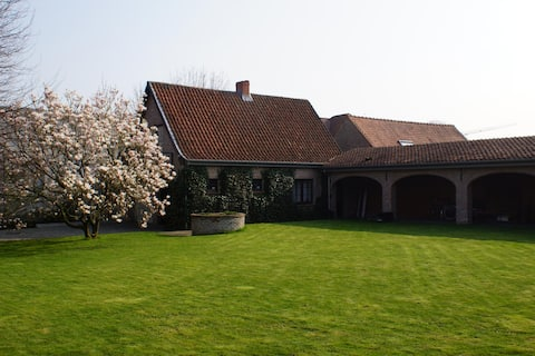 Gezellig huisje in de tuin