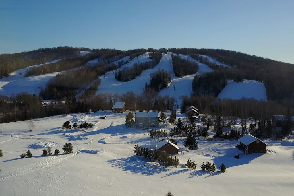 Walking distance to the slopes
