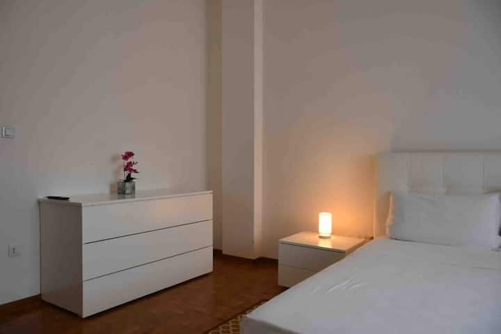 Popular residence double room 1
