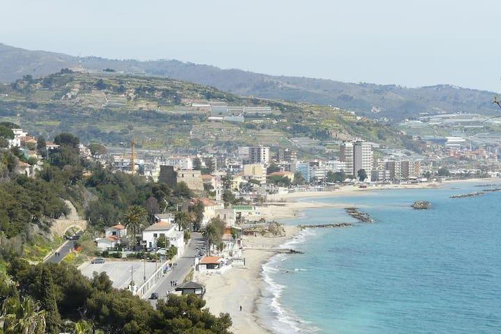 """""""Casa Caterina"""" vicinissimo al mare - Taggia"""