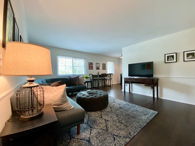 2 Bdrm Condo—Walking Distance to Vibrant Avondale