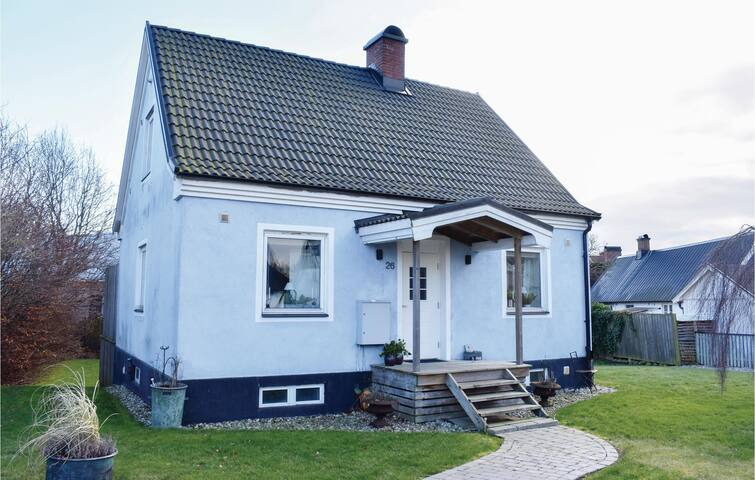 Holiday cottage with 2 bedrooms on 120m² in Simrishamn