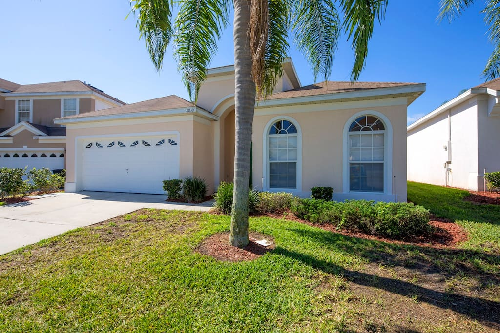 This 4 bedroom vacation home is going to be your families new favorite place to visit!