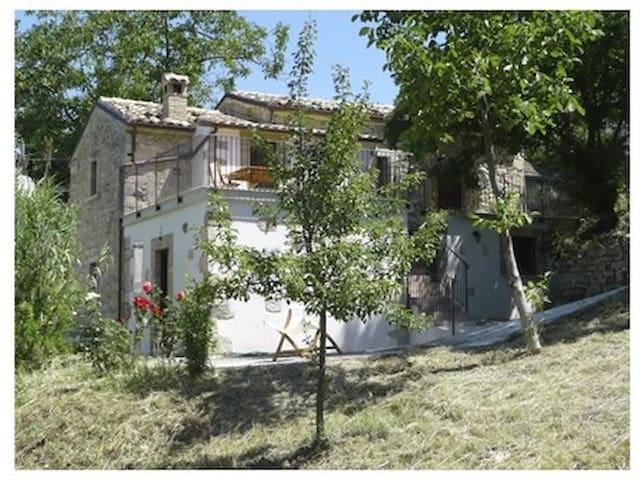 Casa Olivia - Serramonacesca - Haus
