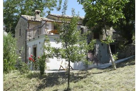 Casa Olivia - Serramonacesca