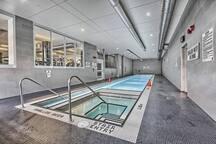Relax - Swim - Jacuzzi - Pebble Lounge (Not showen)