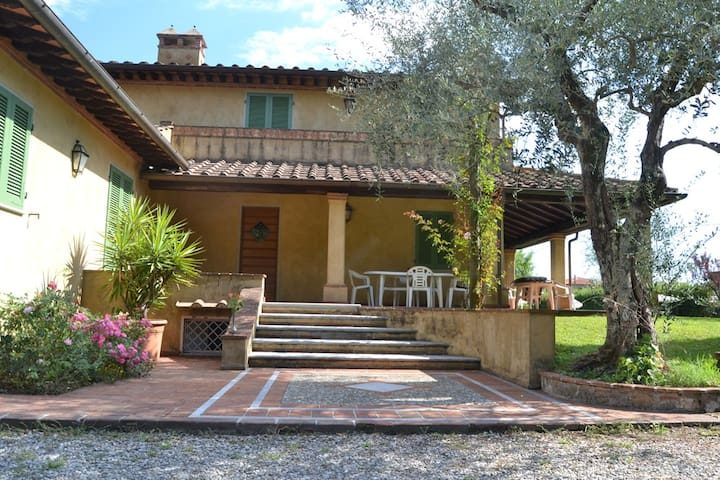 Beautiful villa with swimming pool - Capezzano Pianore - Villa
