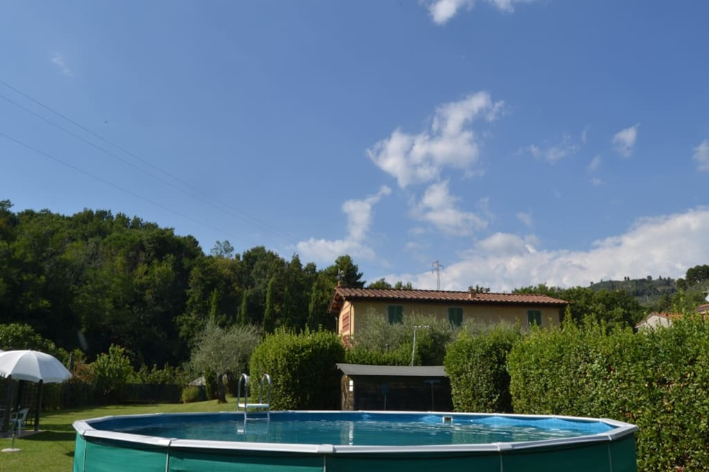 View from the swimming pool / Vista dalla piscina