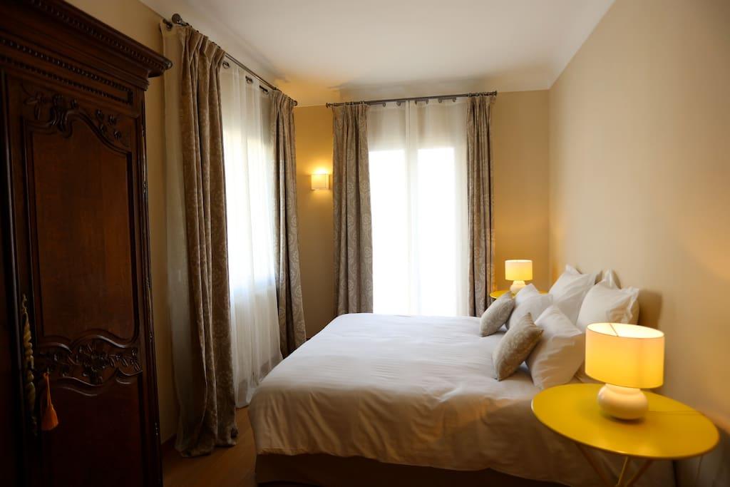 chambre d 39 h tes la citronn e bed breakfasts te huur in menton provence alpes c te d 39 azur. Black Bedroom Furniture Sets. Home Design Ideas