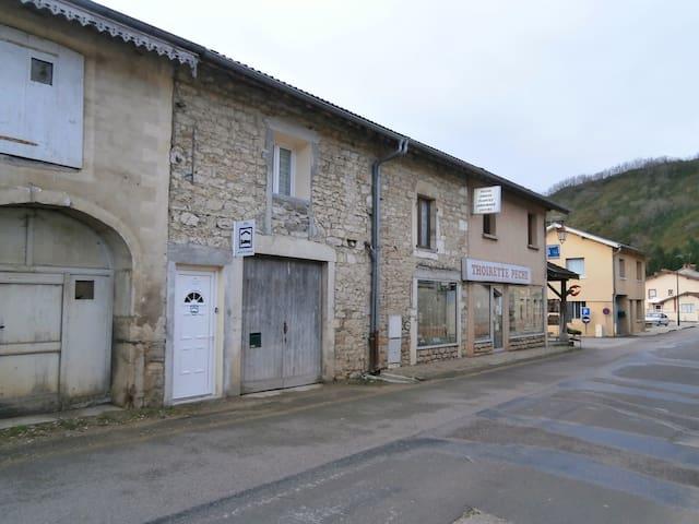 gite vacances - Thoirette - Huoneisto