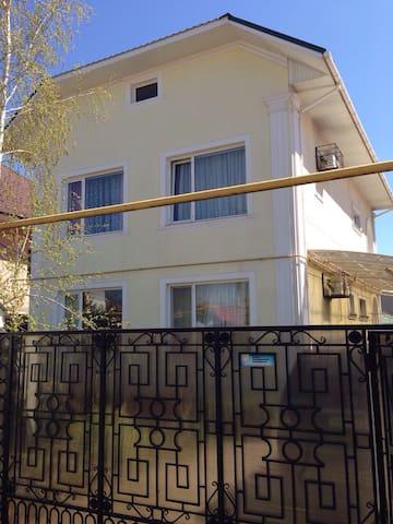 Сдам свой дом в Каролино-Бугаз - Karolino-Buhaz