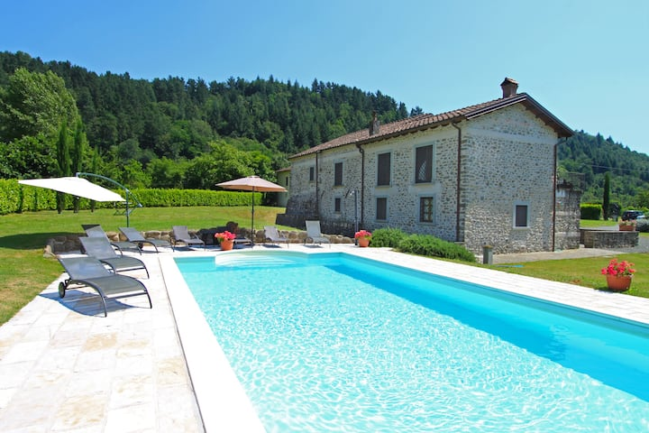 La Loggia Fiorita stunning villa with private pool
