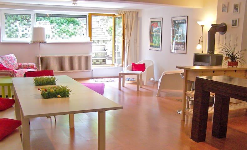 Eine originelle Gartenwohnung  - Völs - Apartment