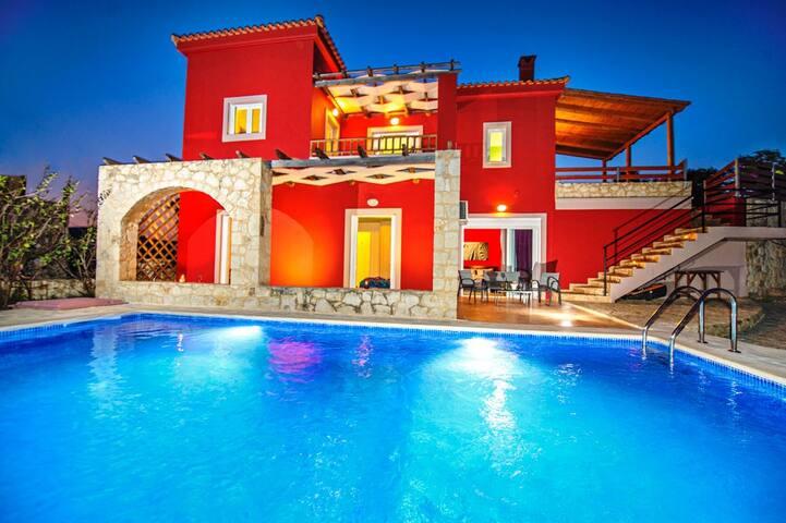 Giorgos Dream Place