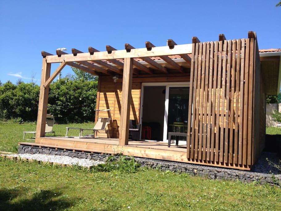 cottage bois biarritz bungalows for rent in anglet aquitaine france. Black Bedroom Furniture Sets. Home Design Ideas