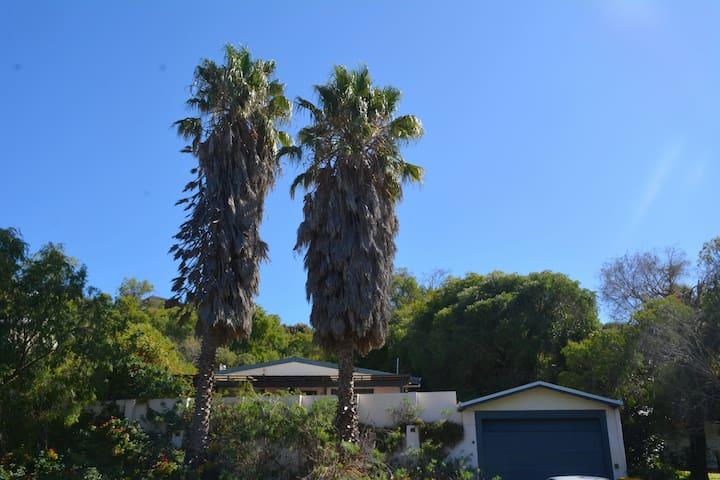 Two Palms Getaway Binningup - Binningup - Casa