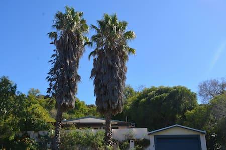 Two Palms Getaway Binningup