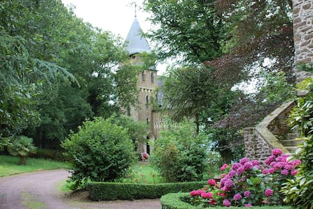 Enchanting&Romantic-Chateau Le Mur - Comblessac