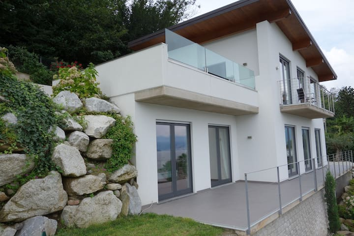 N°1 Exlusive House on Lago Maggiore - Germignaga
