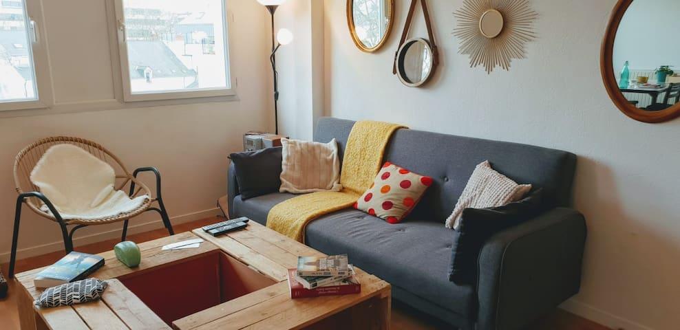 Le canapé dans le séjour