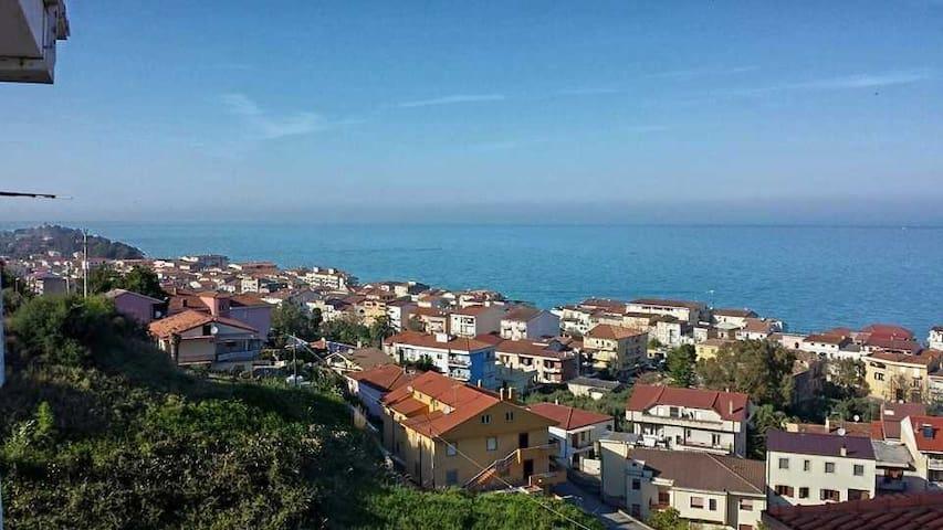 Villetta con vista mare stupenda - Torretta - House