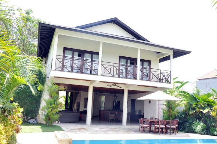 Beautifull villa//Canggu-area - West Denpasar - Villa