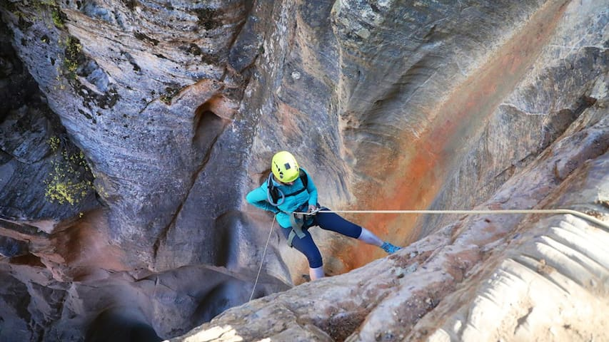 Guided Canyoneering trip through back country slot canyons. By East Zion Adventures out of Zion Ponderosa Resort
