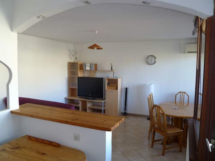 Appartement lumineux T3 à 2min des bords du Rhône