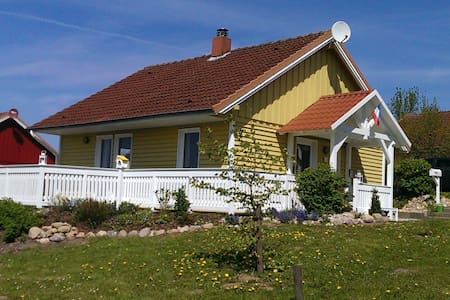 Schwedenhaus in Ostseenähe - Schönwalde am Bungsberg