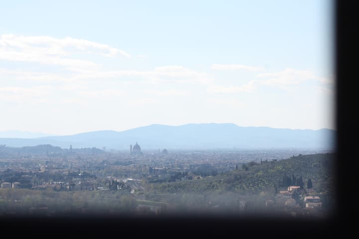 La vista dalla finestra di camera - Firenze è ad un passo