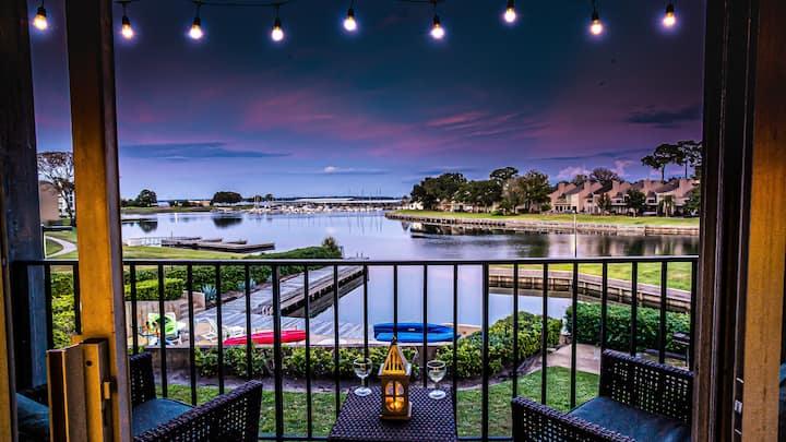 Enjoy Resort Style Living on Lake Conroe
