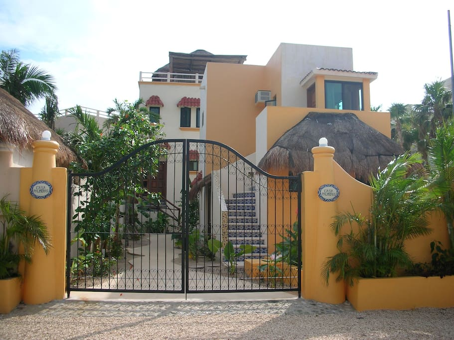 Casa palmeras soliman bay tulum mx villas for rent in for Villas quintana roo