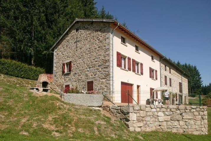 Maison à la campagne 88m², proche d'Ambert,