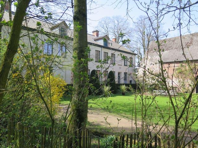Vakantiehuis voor groepen Liedericq - Mont-de-l'Enclus - House