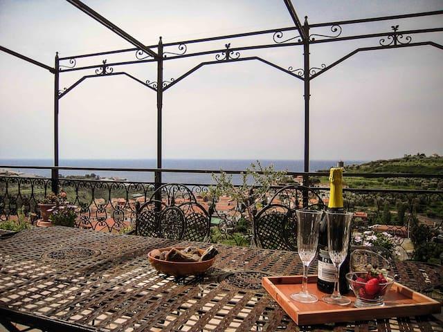 Vicino a Sanremo  splendido attico! - Pompeiana - Flat