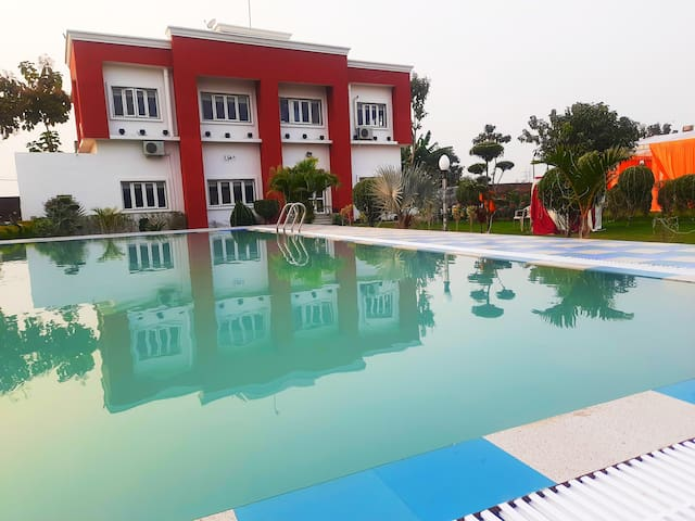 Boutique Suite Stay with Pool in Farm: NamaStay