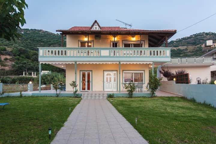 Villa Angela Ravdoucha